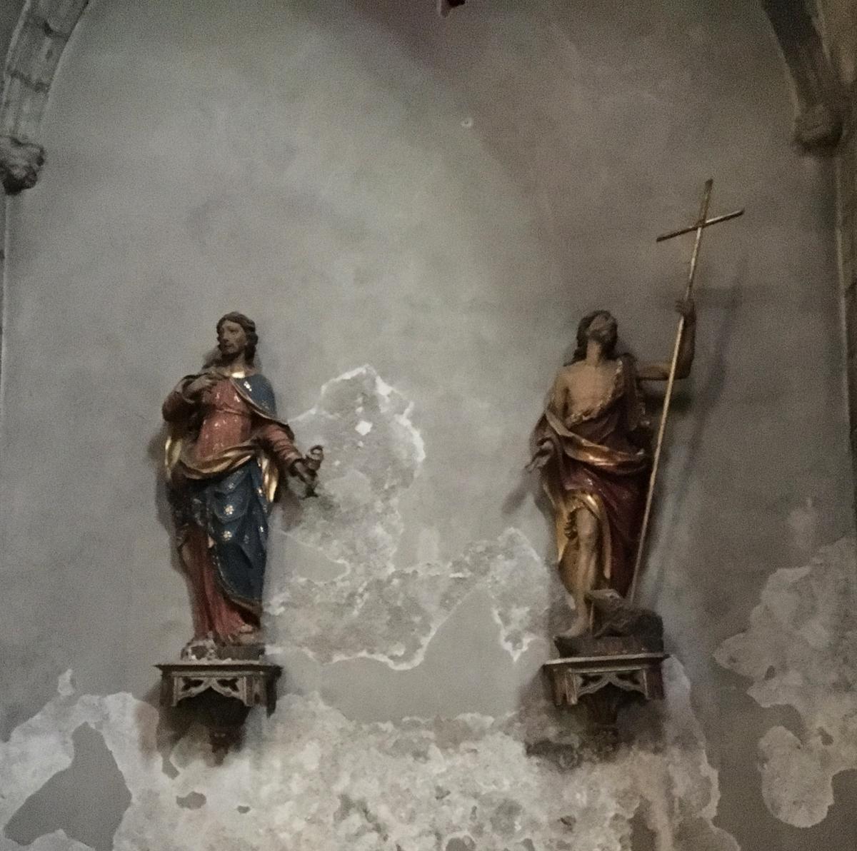 Zwei Skulpturen in der Eglise Notre-Dame-du-Marthuret Riom